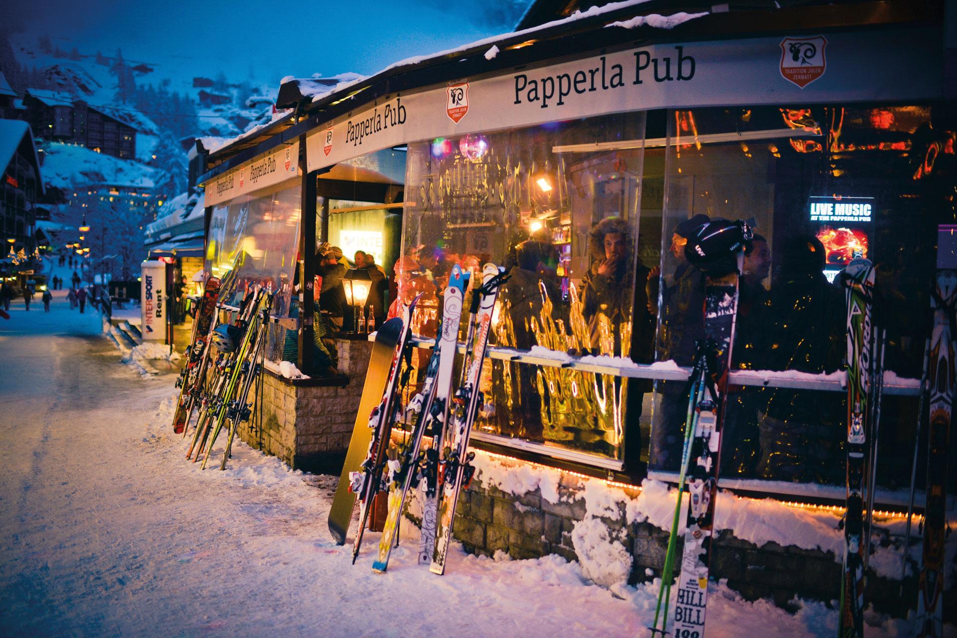 sciando-attorno-al-cervino-rivista-scimagazine-gennaio-2015-Apres-Ski-cr_Tradition-Julen-(2)-Copia