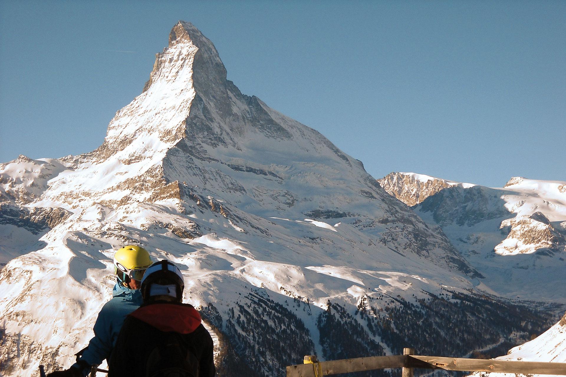 sciando-attorno-al-cervino-rivista-scimagazine-gennaio-2015-Il-versante-svizzero-del-Cervino