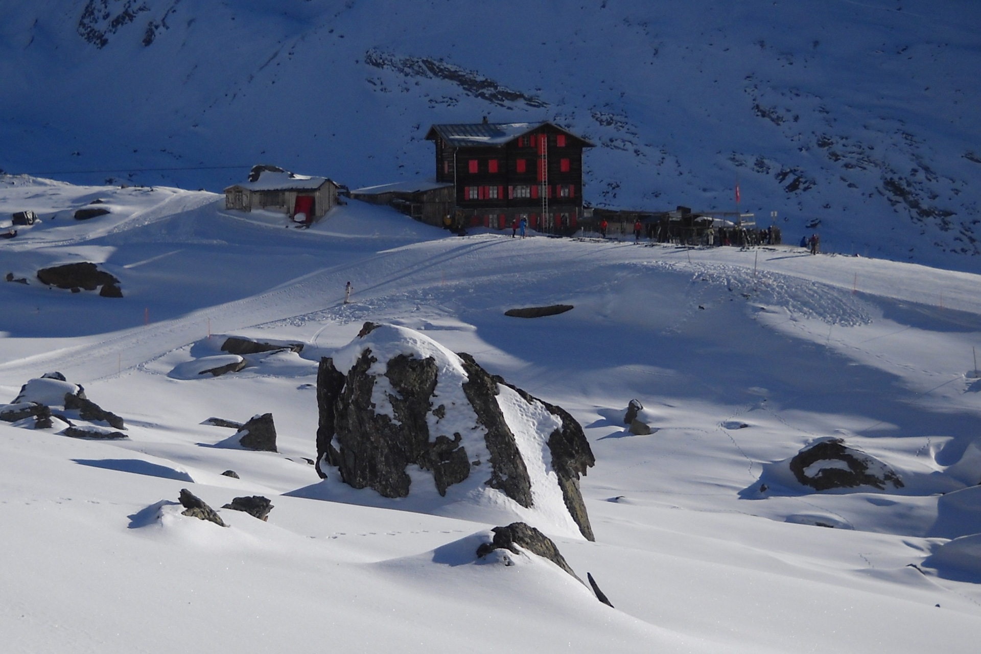 sciando-attorno-al-cervino-rivista-scimagazine-gennaio-2015-Zermatt-Fluhalp