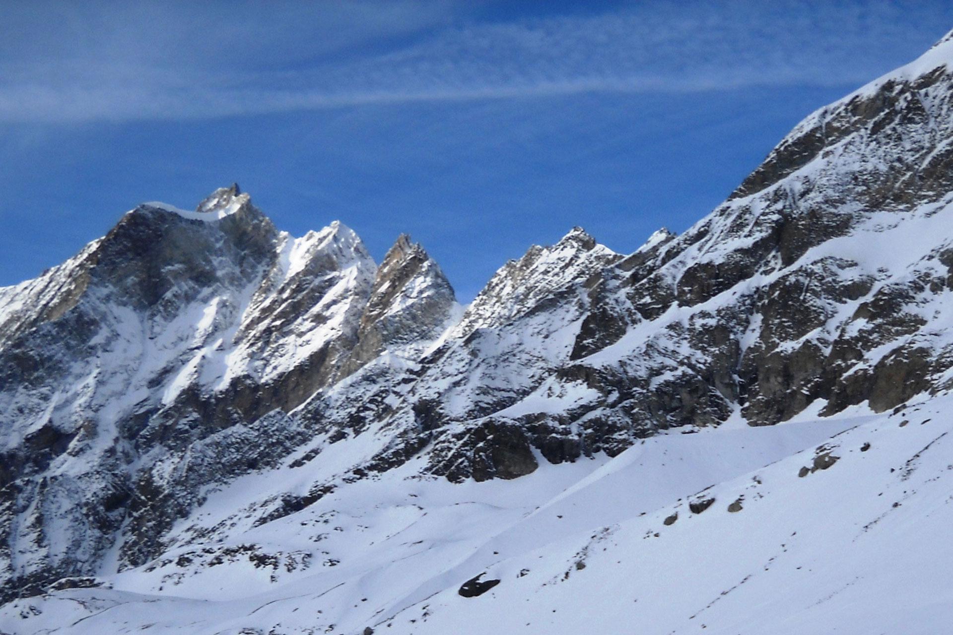 sciando-attorno-al-cervino-rivista-scimagazine-gennaio-2015Pancheron_2