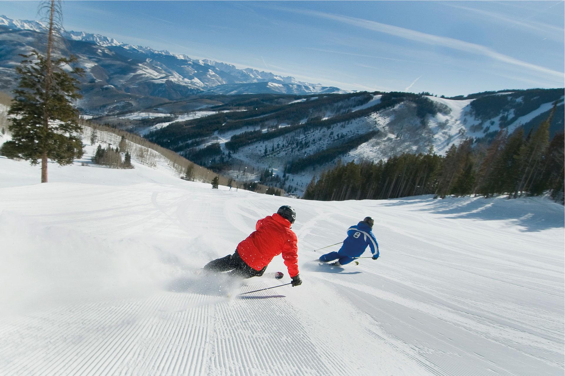 in-volo-per-Vail-rivista-scimagazine-gennaio-2015-Ski-school-carving2.-dan-davis