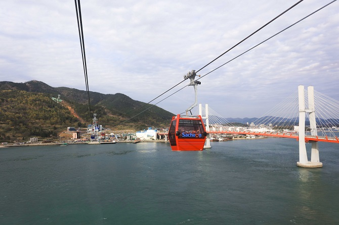 LEITNER-ropeways_BD10-Sacheon-3