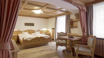 01-hotel-tyrol-special