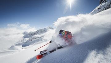 Freeriden Stubaier Gletscher -c- Andre Schoenherr